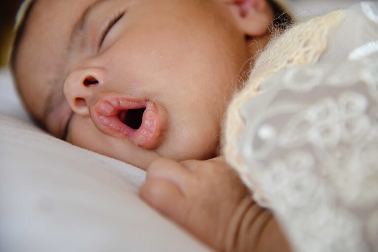 toddler sleeping with mouth open